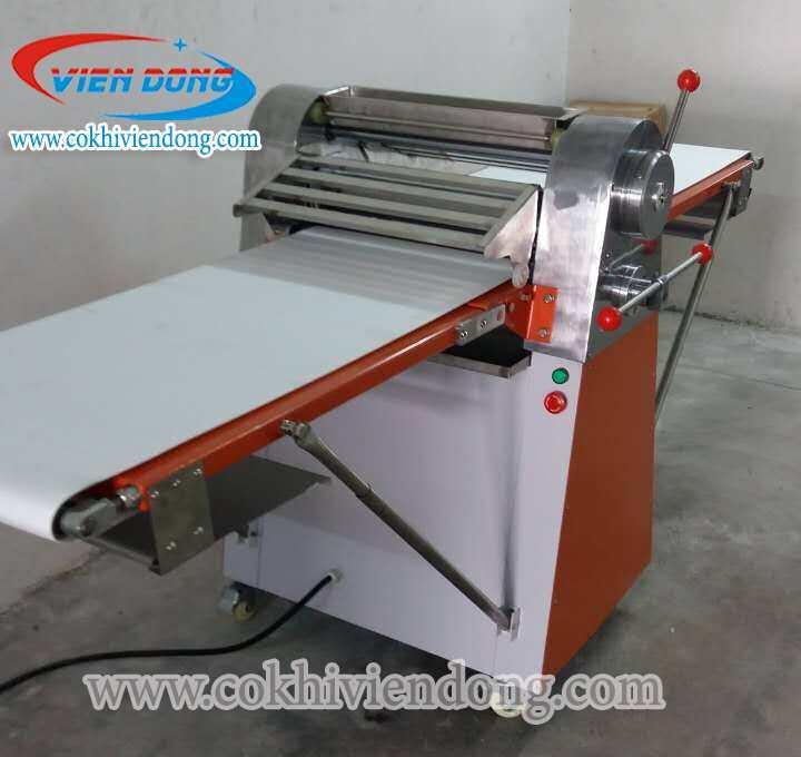 Máy cán bột bánh bao 2 chiều NFQ-520
