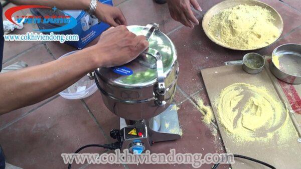 máy xay bột khô mịn mini