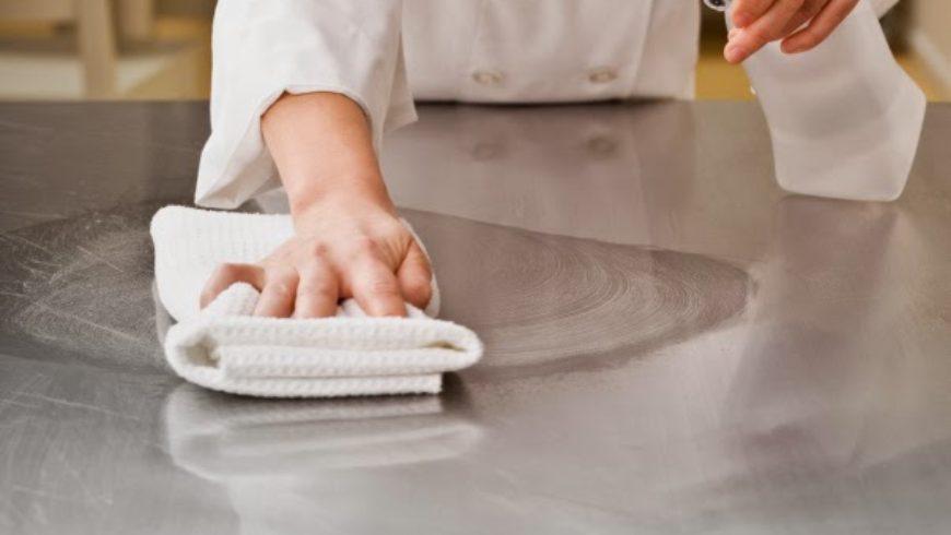 bếp chiên phẳng trong nhà hàng